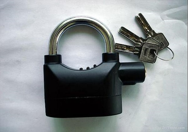 alarmed-padlock